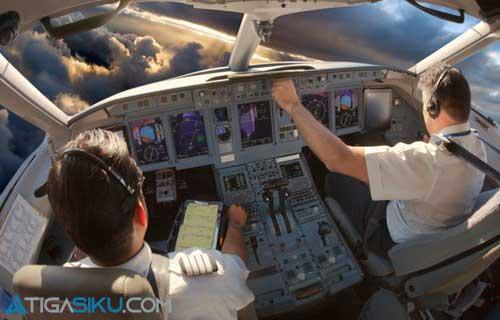 Gaji Pilot Indonesia