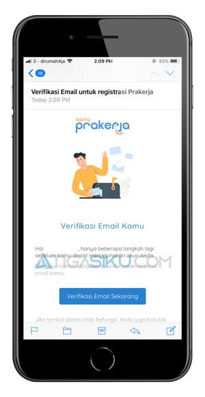 Buka Email dan Verifikasi