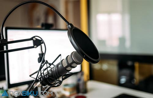 Peralatan Membuat Podcast