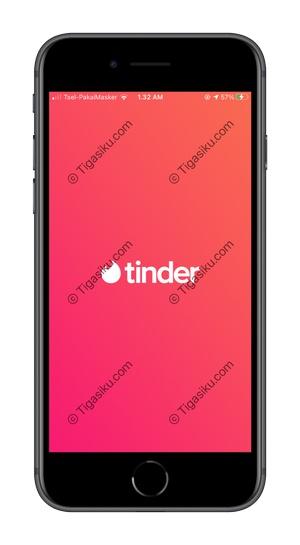 1 Buka Aplikasi Tinder